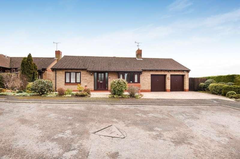 3 Bedrooms Detached Bungalow for sale in Chapel Close, Great Addington