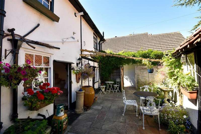 1 Bedroom Terraced House for sale in ASHTEAD