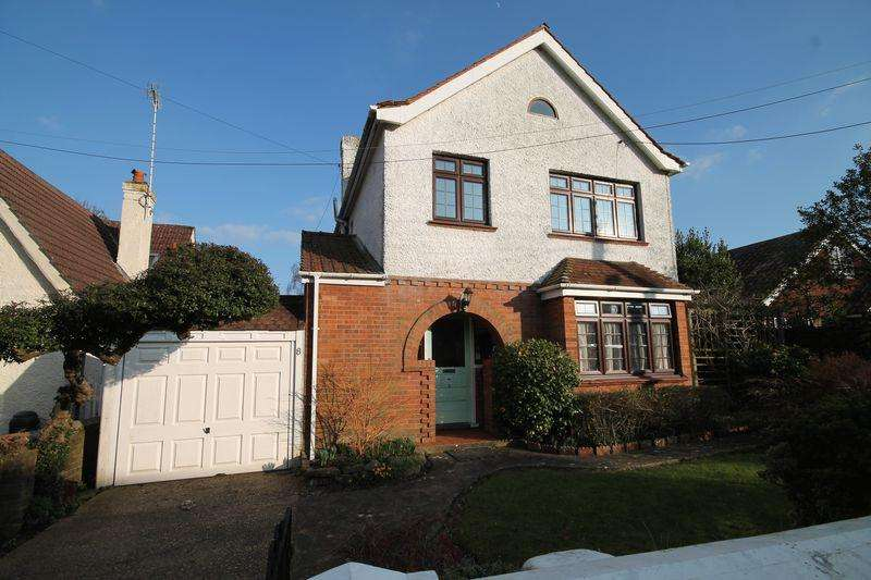 4 Bedrooms Detached House for sale in Woodsland Road, Hassocks, West Sussex,