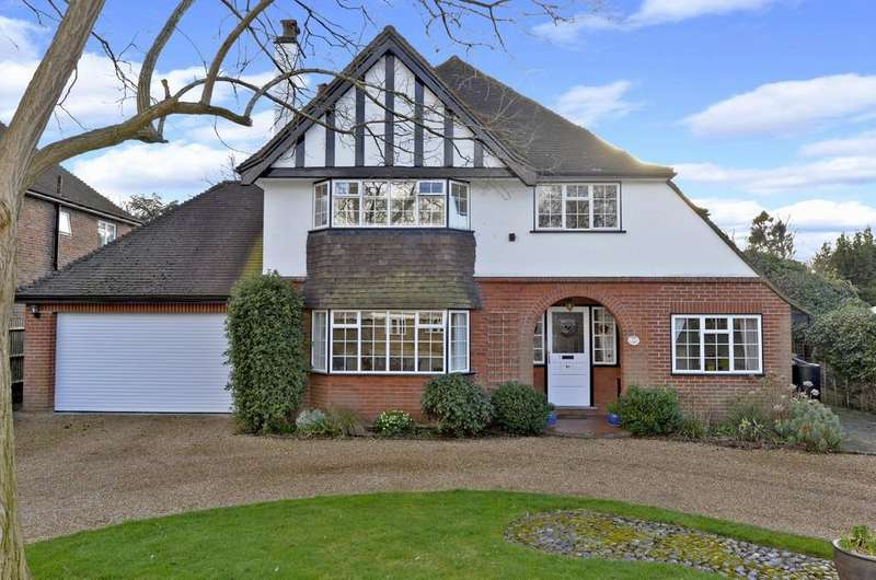 4 Bedrooms Detached House for sale in Boxgrove Avenue, Guildford GU1