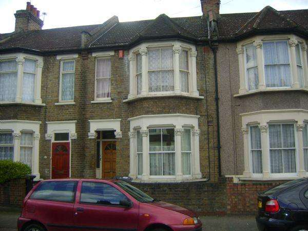 4 Bedrooms Terraced House for rent in Leyton E10