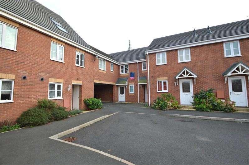 2 Bedrooms Apartment Flat for rent in Batsman Close, Halesowen, B63 2TJ