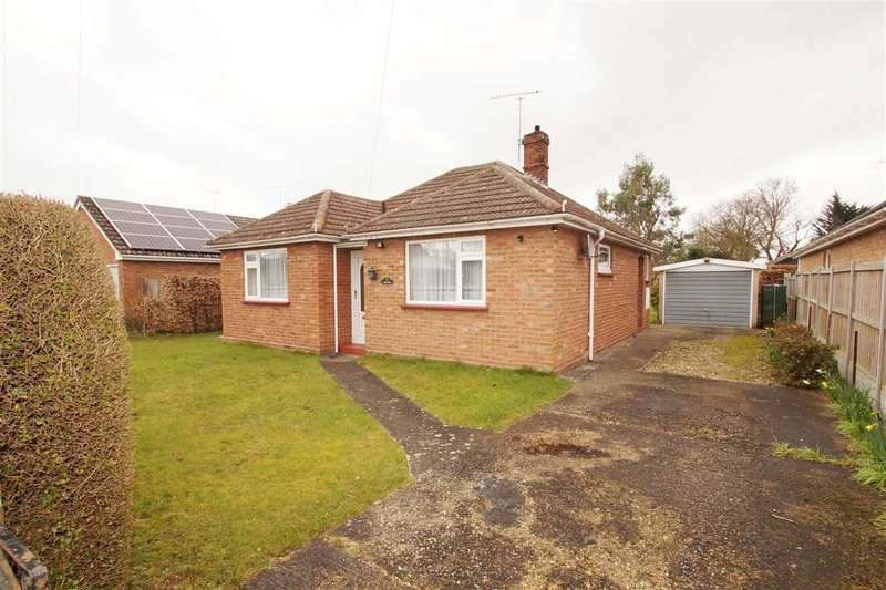 3 Bedrooms Bungalow for sale in Red Tiles, Chilton Close, Great Horkesley, Colchester