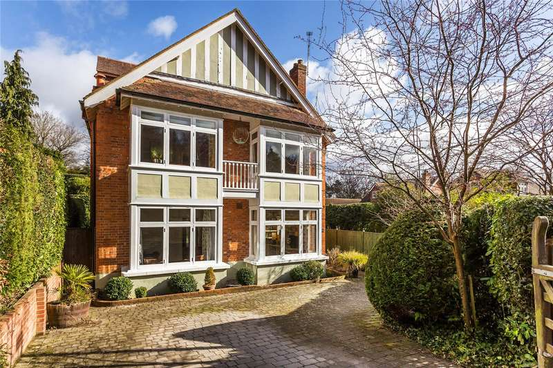 6 Bedrooms Detached House for sale in Fernhill Park, Hook Heath, Woking, Surrey, GU22