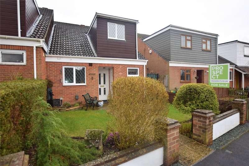3 Bedrooms Semi Detached House for sale in Foxley Lane, Binfield, Berkshire, RG42