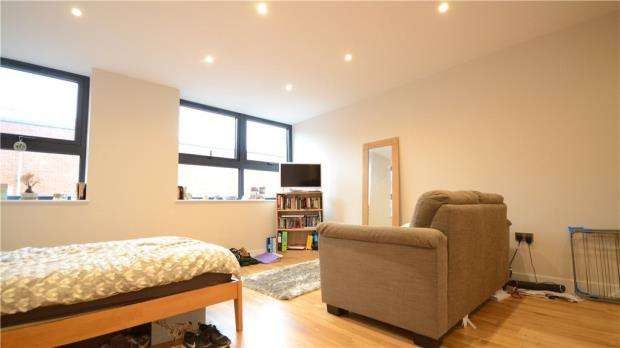 1 Bedroom Apartment Flat for sale in Market Place, Reading, Berkshire