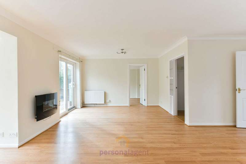 4 Bedrooms Detached House for rent in Northacre, Banstead