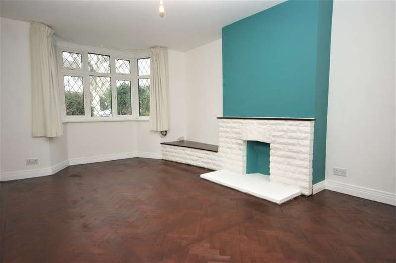 3 Bedrooms Semi Detached House for rent in Pine Gardens, Ruislip