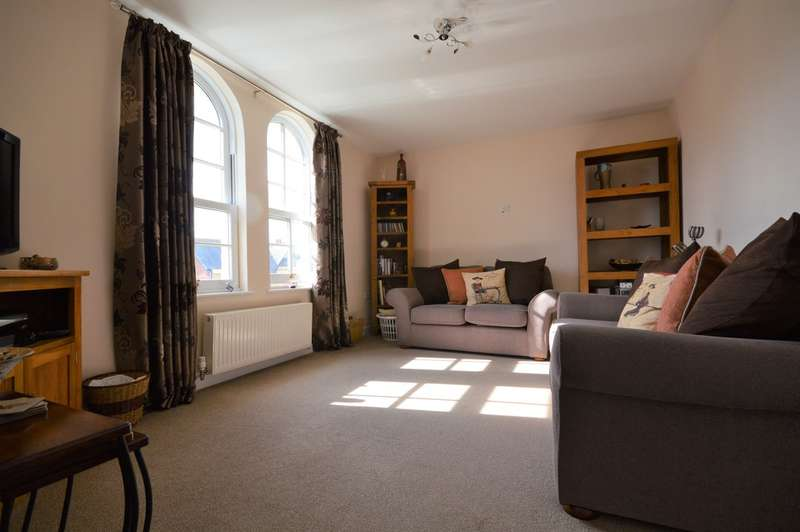 2 Bedrooms Flat for rent in Wilton Park Road, Shanklin