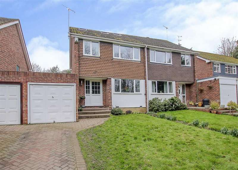 4 Bedrooms Semi Detached House for sale in Ashford Avenue