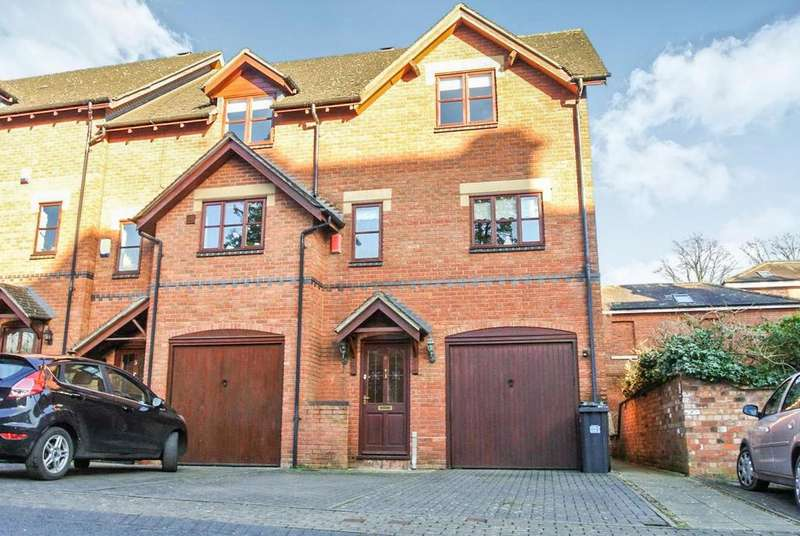3 Bedrooms Town House for rent in Copps Road, Leamington Spa