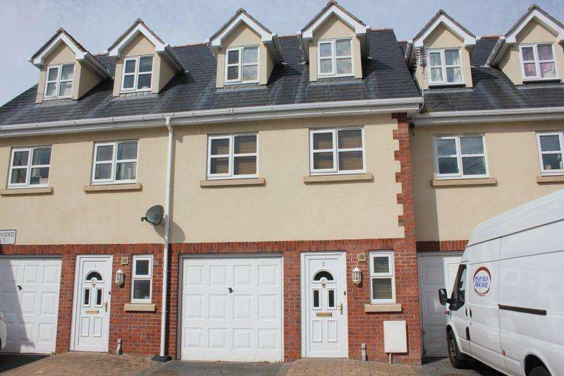 2 Bedrooms Mews House for rent in Llys Llengoed, St Asaph