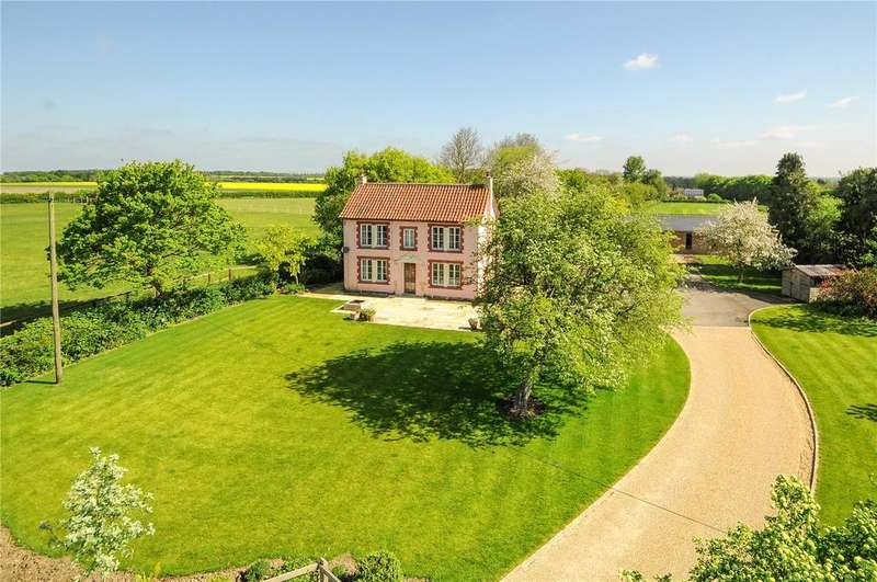 2 Bedrooms Detached House for sale in Woodditton Road, Kirtling, Newmarket, Suffolk, CB8