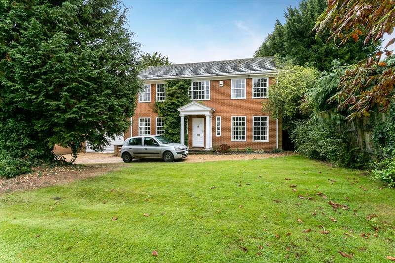 4 Bedrooms Detached House for sale in Blackpond Lane, Farnham Royal, Buckinghamshire, SL2