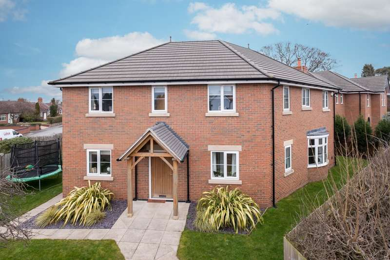 4 Bedrooms House for sale in 4 bedroom House Detached in Sandbach