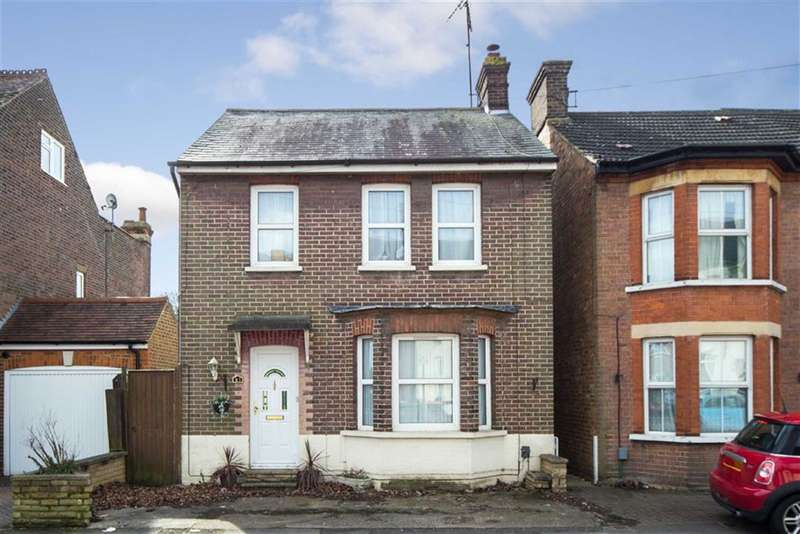 3 Bedrooms Detached House for sale in Princes Street, Dunstable, Bedfordshire, LU6
