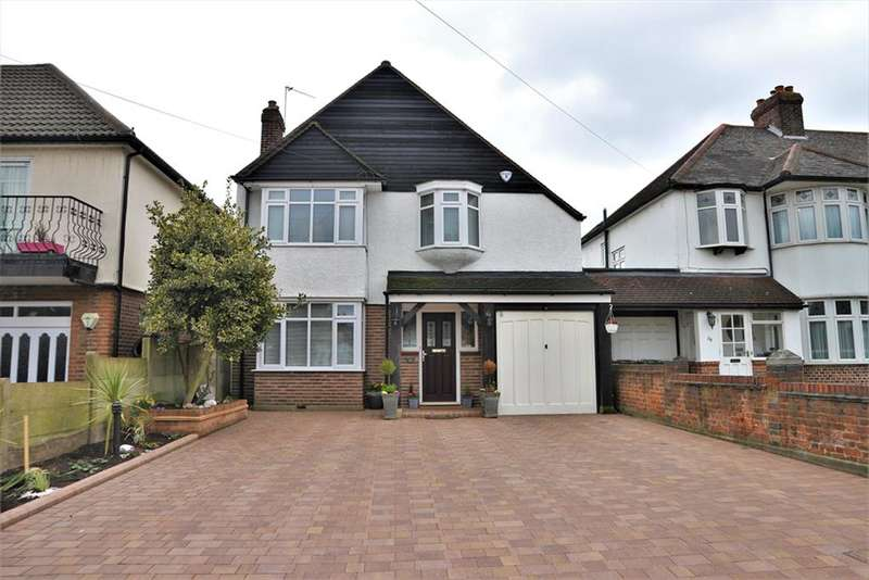 4 Bedrooms Detached House for sale in Blendon Road, Bexley, Kent, DA5 1BN
