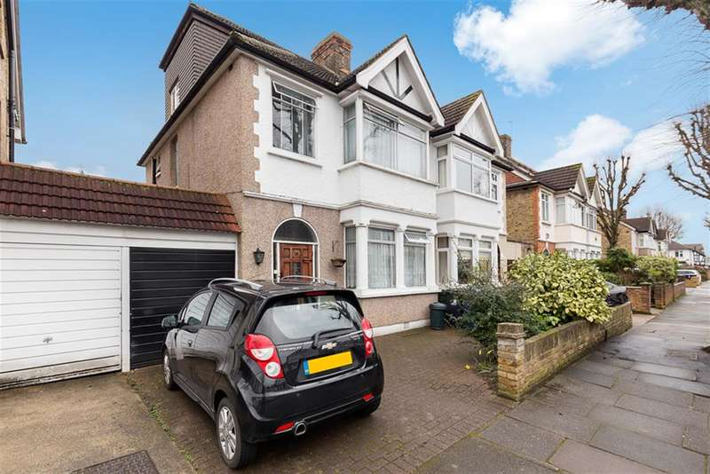 4 Bedrooms Semi Detached House for sale in Chepstow Road, Hanwell, W7 2BG