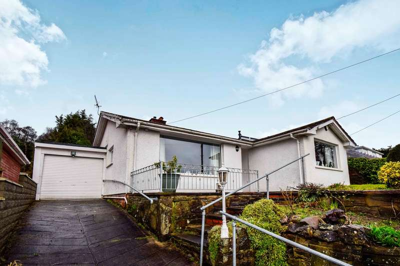 2 Bedrooms Detached Bungalow for sale in Heol Brynteg, Ystrad Mynach, Hengoed, CF82
