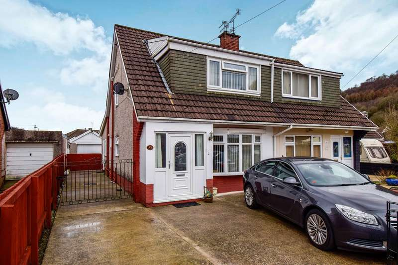 3 Bedrooms Semi Detached House for sale in Glyn Collen, Llanbradach, Caerphilly, CF83