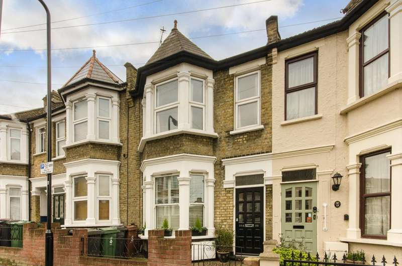 1 Bedroom Flat for rent in First Floor Flat, Jersey Road, Leytonstone, E11