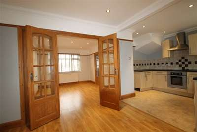 3 Bedrooms End Of Terrace House for rent in Allington Road - Orpington