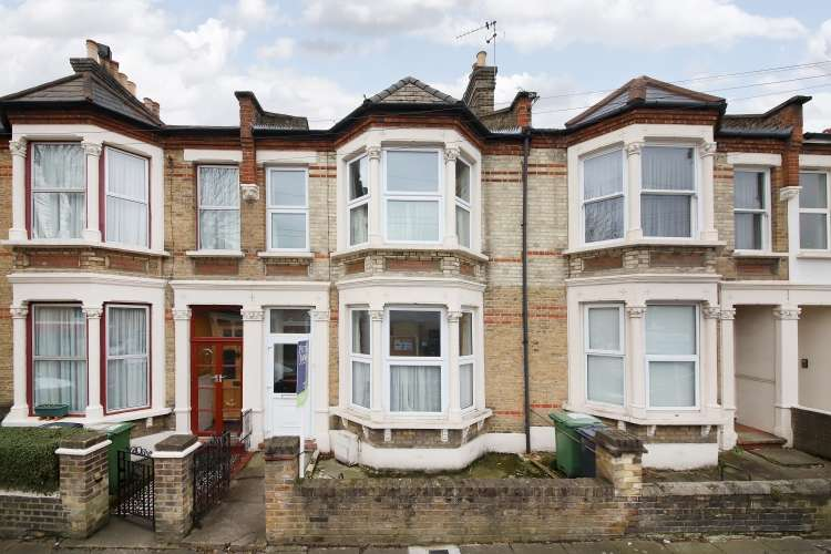 4 Bedrooms Terraced House for sale in Avignon Road London SE4