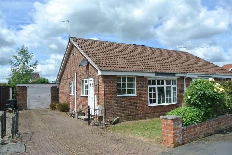 2 Bedrooms Semi Detached Bungalow for rent in Newton Way, Strensall, York