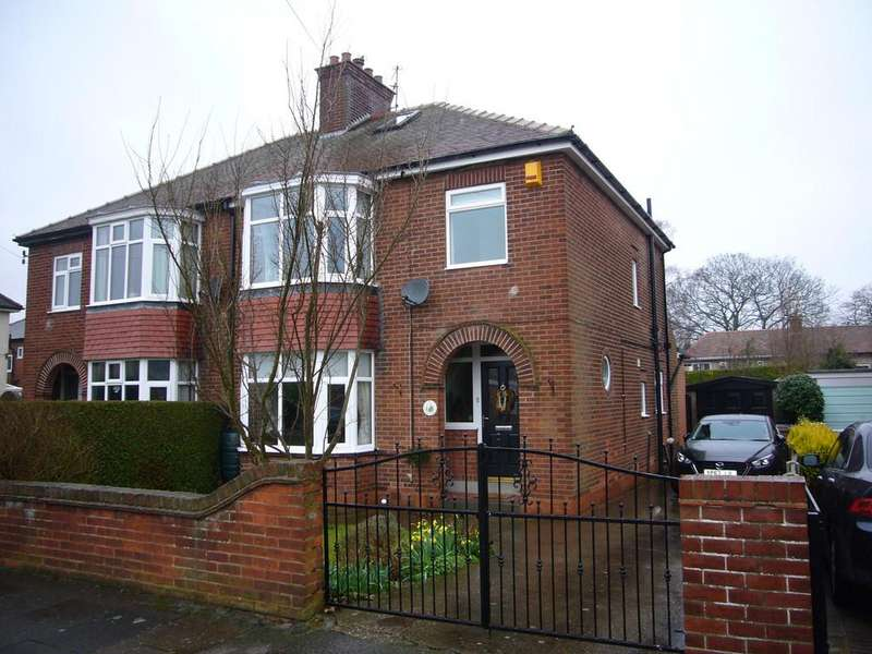 3 Bedrooms Semi Detached House for sale in Belgrave Drive, Goole