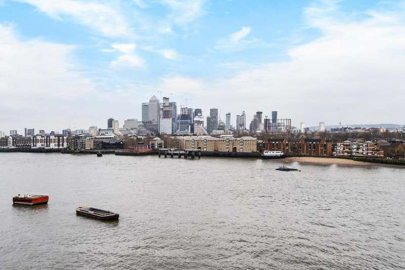 3 Bedrooms Penthouse Flat for sale in Wapping High Street, Wapping