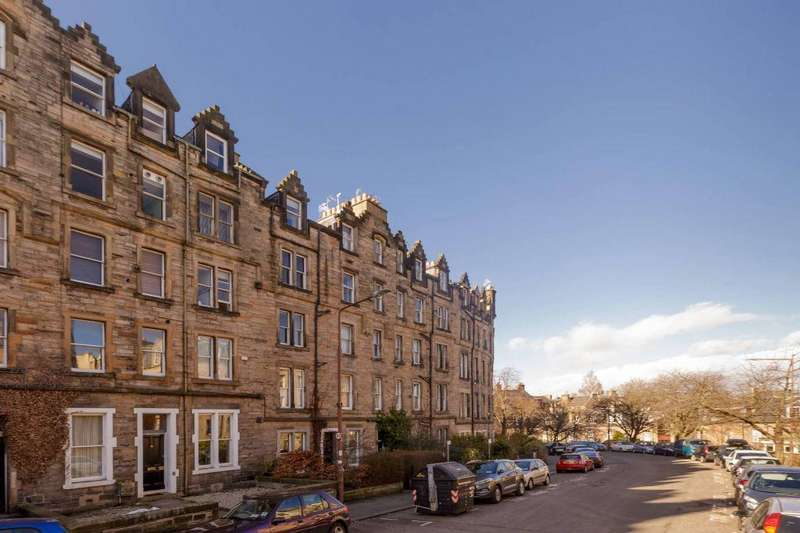 2 Bedrooms Flat for sale in 13/6 Marchmont Crescent, Edinburgh, EH9 1HL