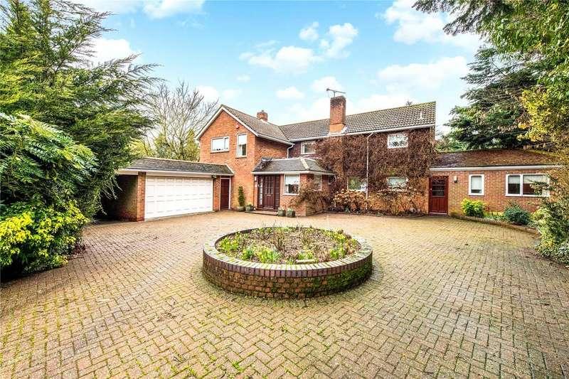 4 Bedrooms Detached House for sale in Oak Way, Harpenden, Hertfordshire, AL5