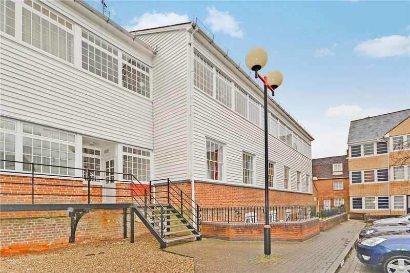 1 Bedroom Apartment Flat for sale in Warners Mill, Silks Way, Braintree, Essex, CM7