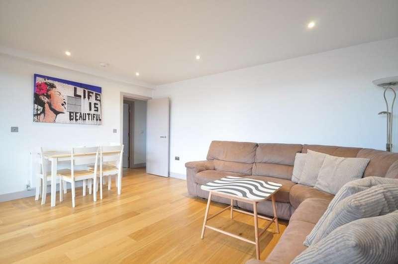 2 Bedrooms Block Of Apartments Flat for rent in Lyons Crescent Tonbridge TN9