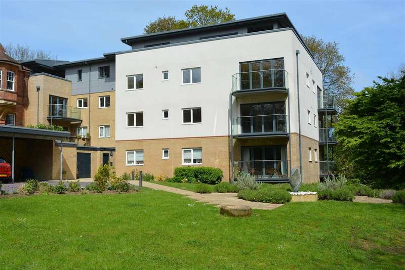 2 Bedrooms Flat for sale in 23 Grange Road, Hatings