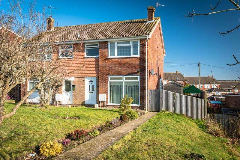 3 Bedrooms Semi Detached House for sale in Browns Lane, Uckfield