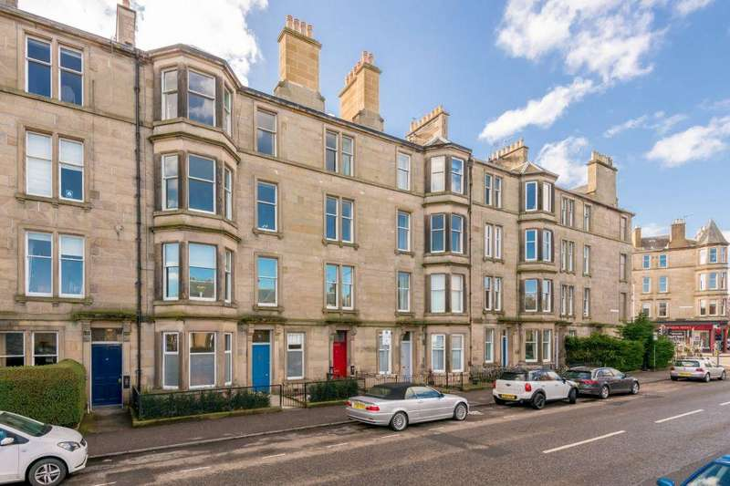 3 Bedrooms Flat for sale in 53/3 Comely Bank Road, Edinburgh, EH4 1EJ