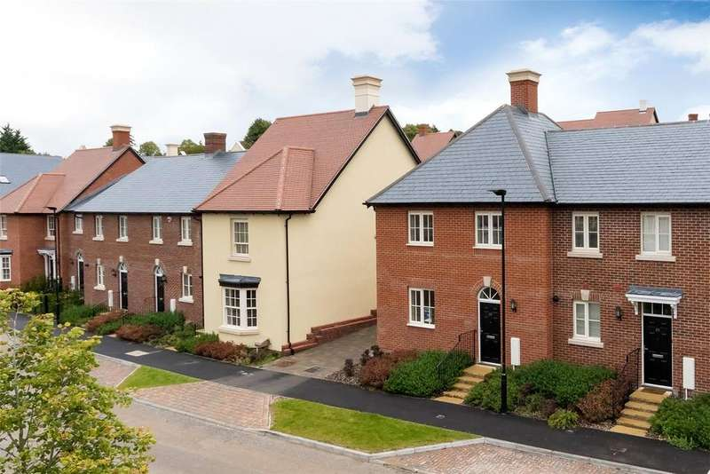 4 Bedrooms End Of Terrace House for sale in The Ferrars, 1 Stopher Walk, Winchester, Hampshire, SO22
