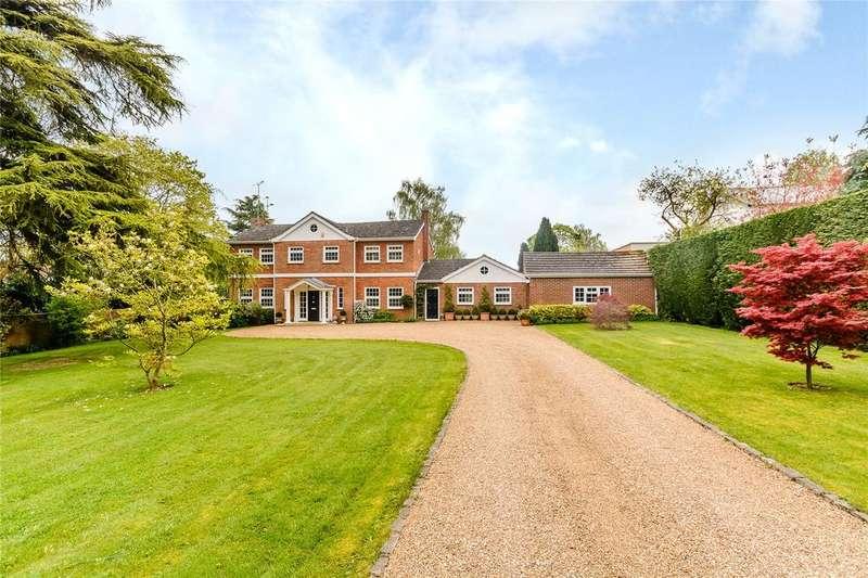 4 Bedrooms Detached House for rent in Woodlands Road, Harpsden, Henley-on-Thames, Oxfordshire, RG9
