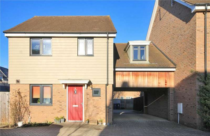3 Bedrooms Detached House for sale in Rosehip Road, Cambridge, CB4