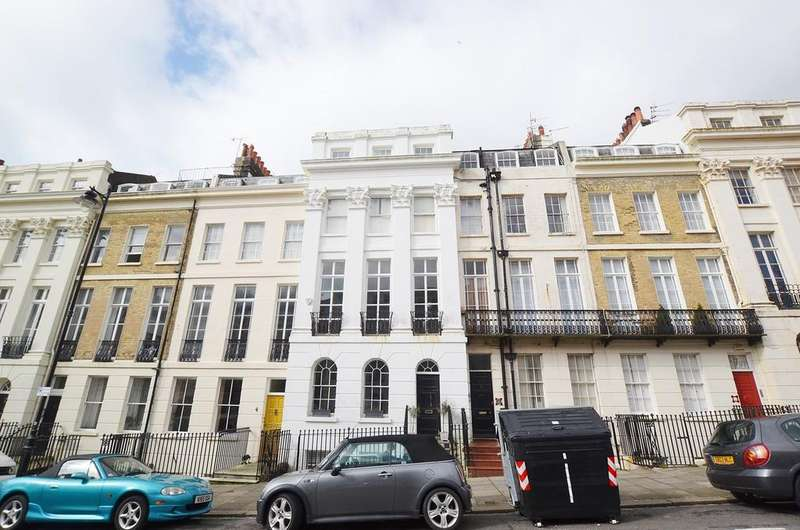 2 Bedrooms Apartment Flat for sale in Portland Place, BRIGHTON, BN2