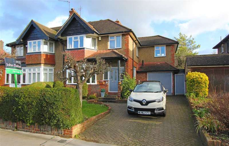 4 Bedrooms Semi Detached House for sale in Crest Road, South Croydon