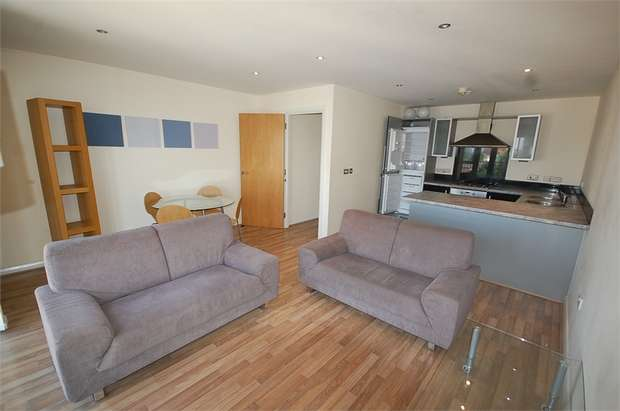 2 Bedrooms Flat for sale in Caminada House, 3 St Lawrence Street, Manchester