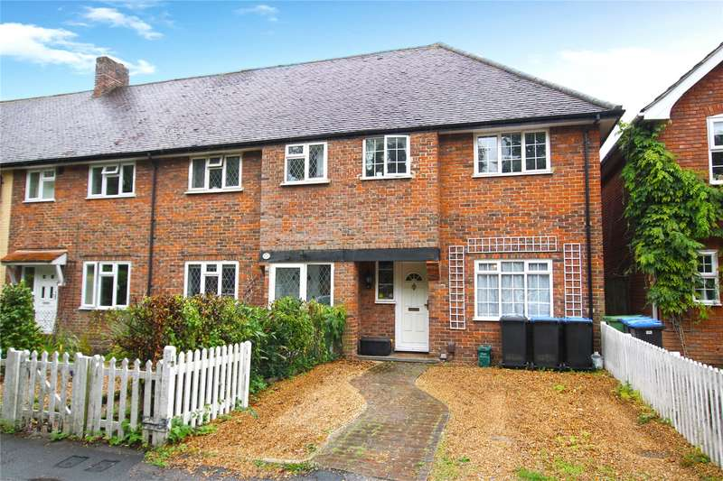 3 Bedrooms End Of Terrace House for sale in High Road, Byfleet, Surrey, KT14