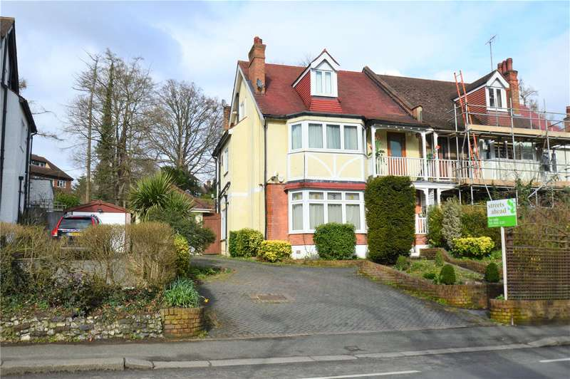 5 Bedrooms Semi Detached House for sale in Foxley Lane, Purley