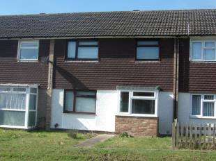3 Bedrooms Terraced House for sale in Leaveland Close, Ashford, Kent, England