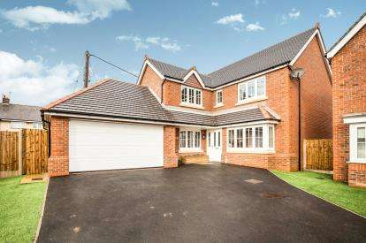 4 Bedrooms Detached House for sale in Hero's Place, Northop Hall, Mold, Flintshire, CH7