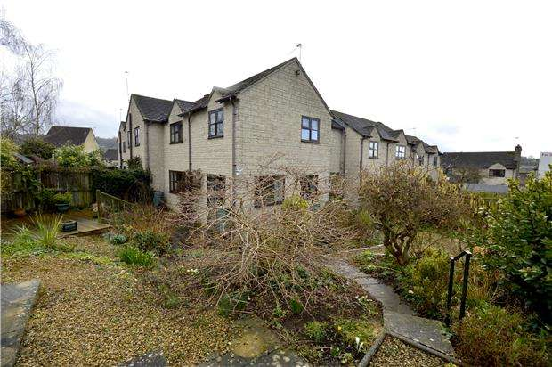 3 Bedrooms Property for sale in Swifts Hill View, Uplands, Stroud, Gloucestershire, GL5 1PR