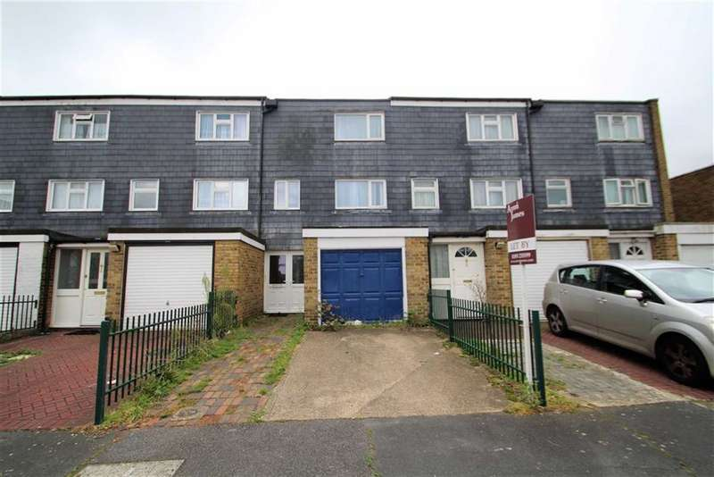 5 Bedrooms Town House for rent in Greatfields Drive, Uxbridge, Middlesex