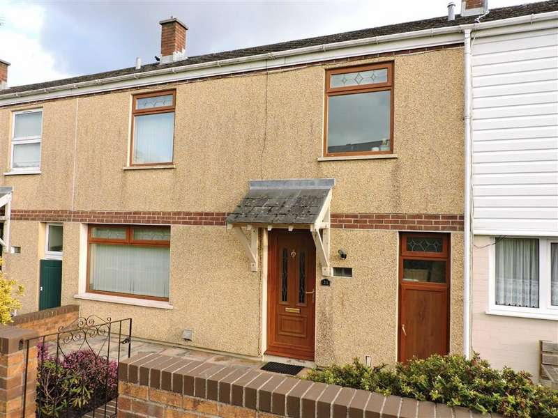 3 Bedrooms Terraced House for sale in Parc Pendre, Kidwelly